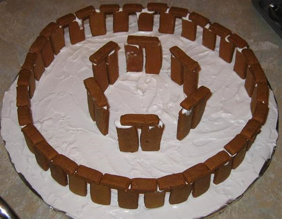 ginger stone hedge Geeks Know How To Make Gingerbread