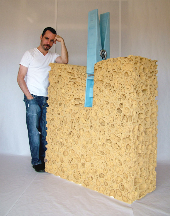 celdran big sponge Everyday Items Get Surprisingly Oversized
