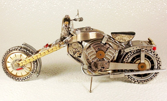 motorcycle watch1 Mini Bikes And Vehicles Made From Watches